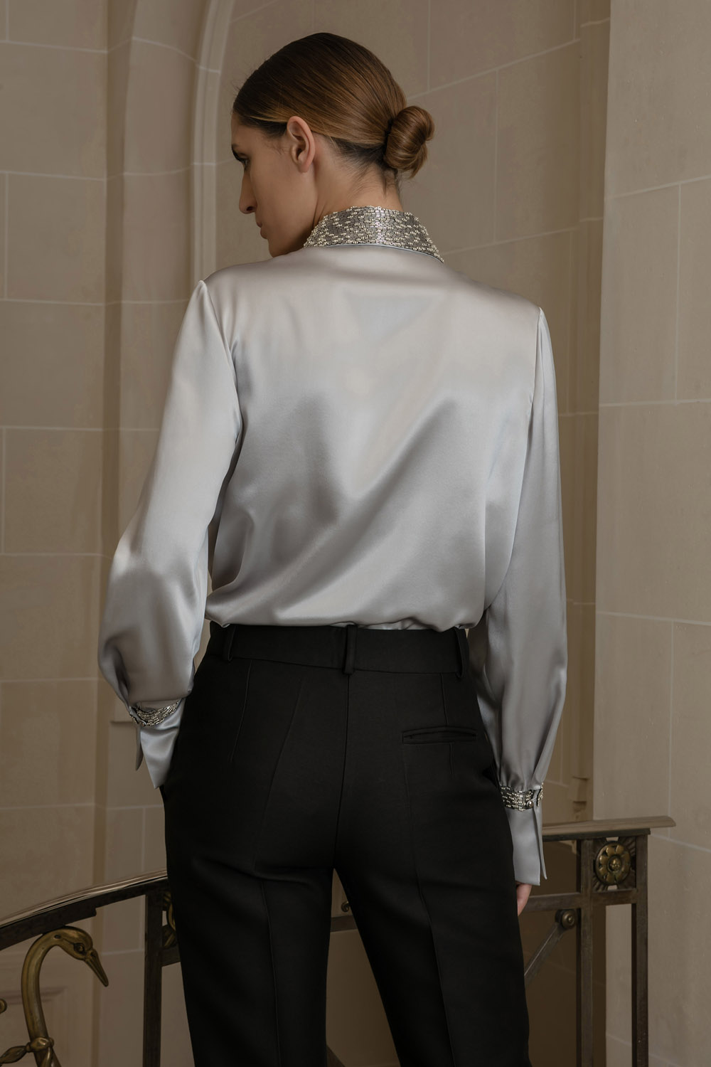 Silk grey shirt with an embroidered collar